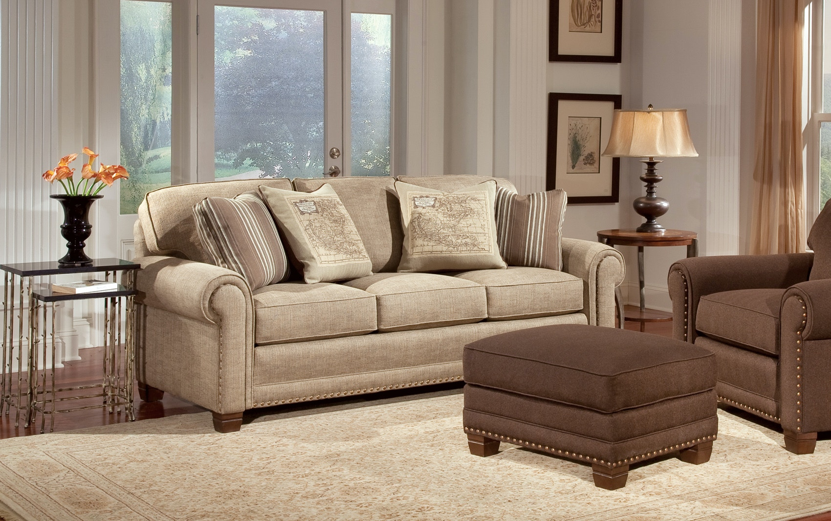 Smith Brothers Living Room Three Cushion Sofa 055903