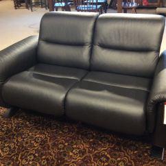 Living Room Loveseats Single Sofa Chairs For Good S Furniture Kewanee Il Ekornes Panorama Loveseat