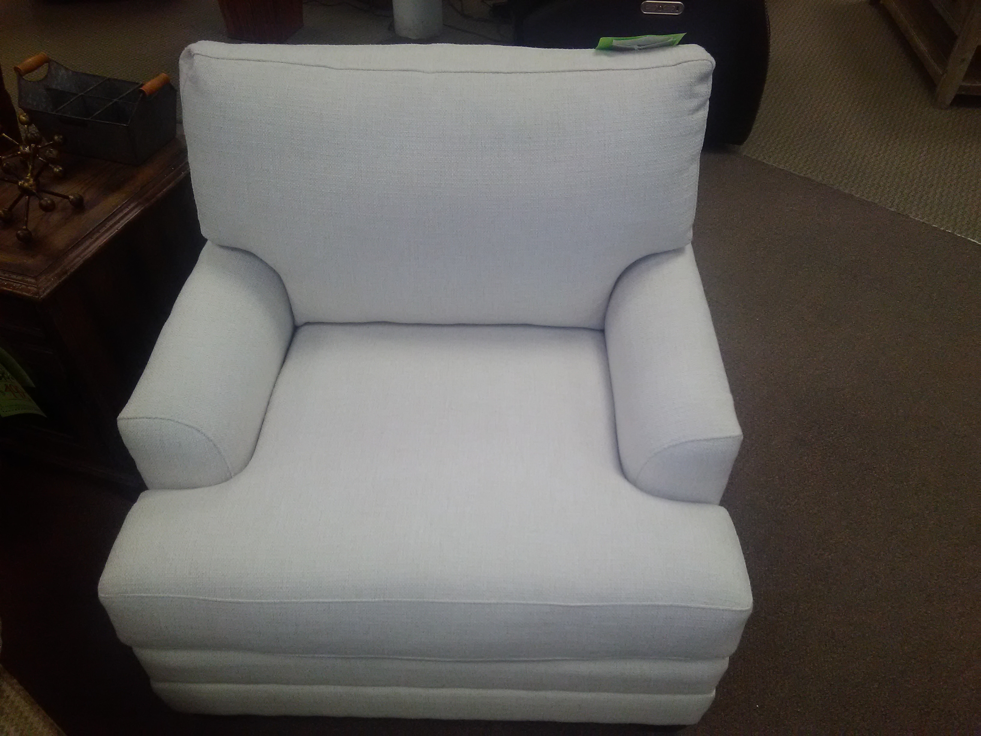 accent chairs for living room clearance hercules series bassett furniture chair 3847 12 at bennington