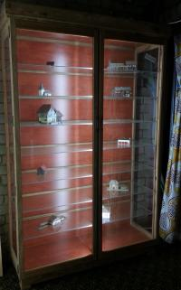 Dust Proof Display Cabinet