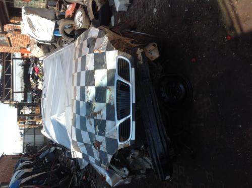 small resolution of stripping daewoo lanos 4door hatch 2000 for spares junk mail