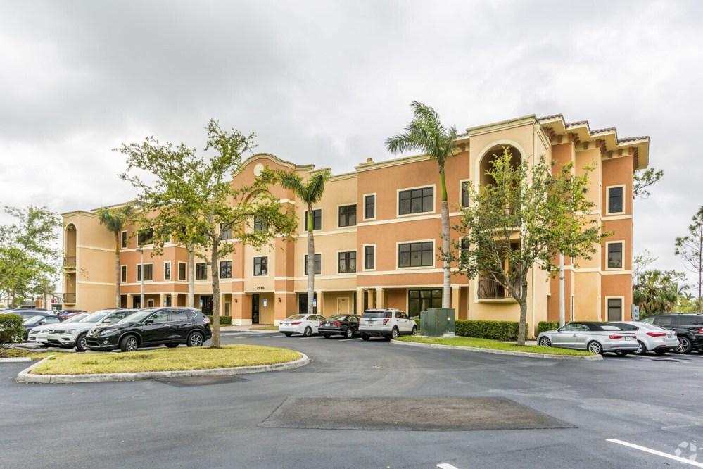 medium resolution of 2590 northbrooke plaza dr naples fl 34119 medical property for lease on loopnet com