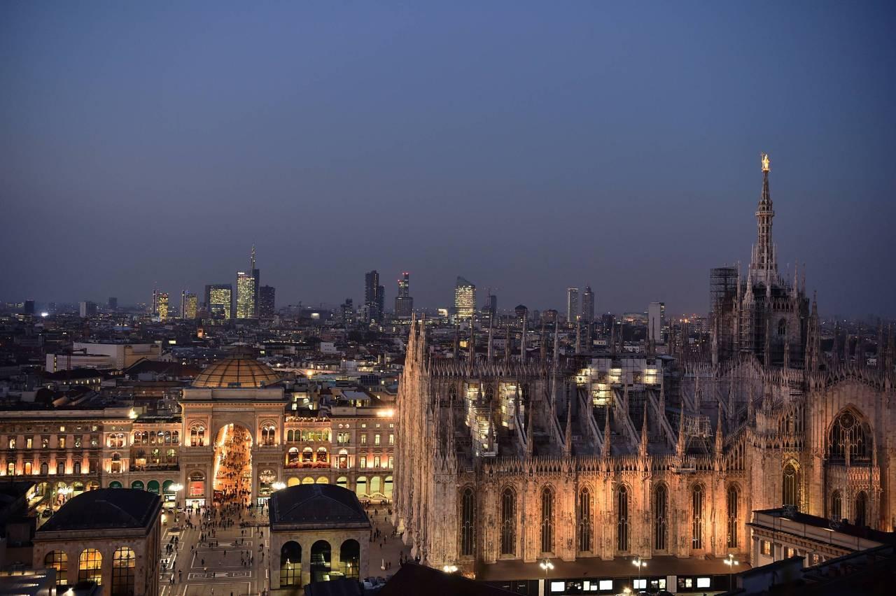 Il tramonto mozzafiato con vista sul Duomo dalla