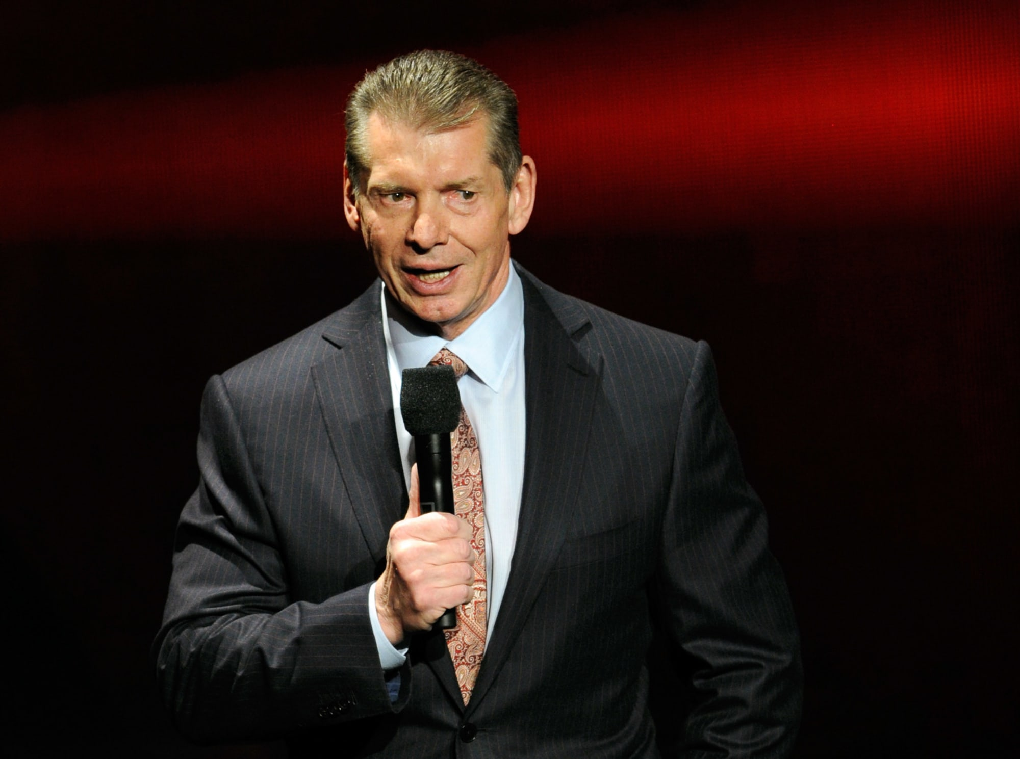 Why WWE Raw legend's night was a complete failure