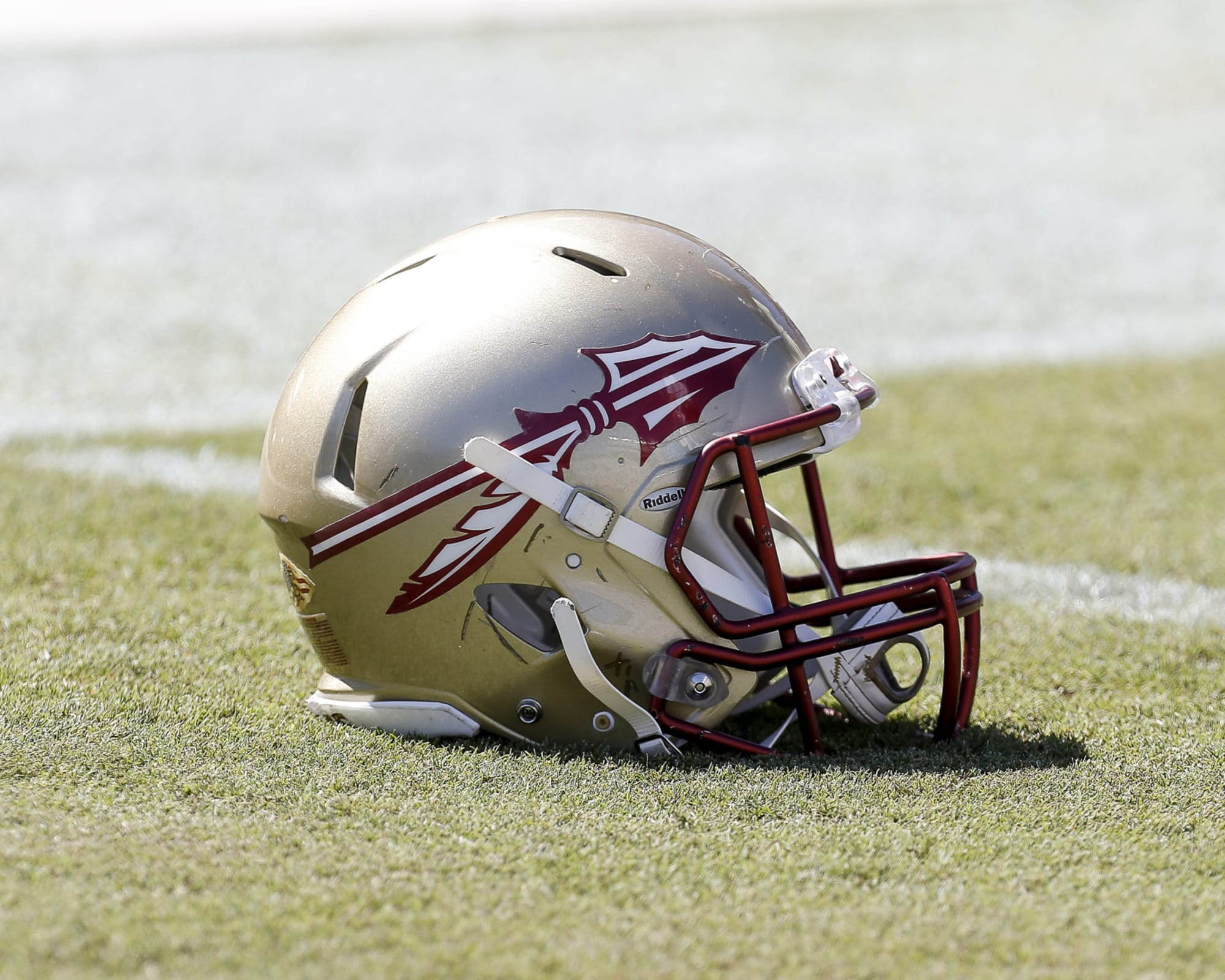 Photo of Florida State football can't afford to miss on this 5-star recruit in 2021