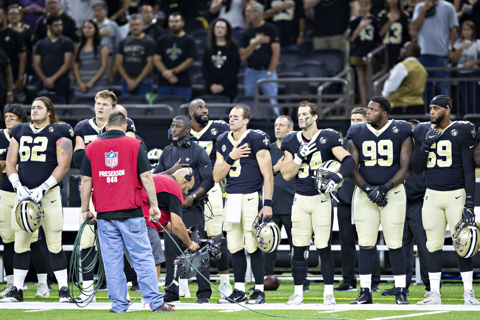 Photo of Drew Brees Still Believes Protests Over American Flag