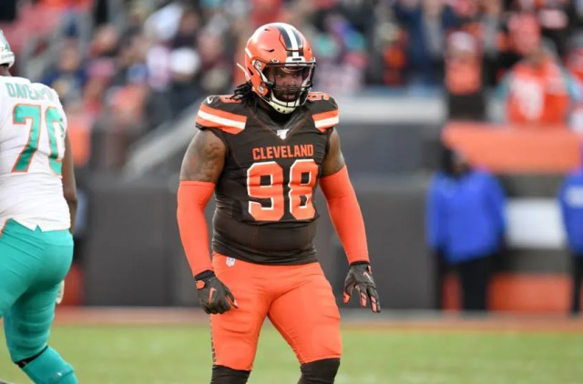 CLEVELAND, OHIO - NOVEMBER 24: Defensive tackle Sheldon Richardson #98 of the Cleveland Browns pauses on the field during the second half against the Miami Dolphins at FirstEnergy Stadium on November 24, 2019 in Cleveland, Ohio. (Photo by Jason Miller/Getty Images)