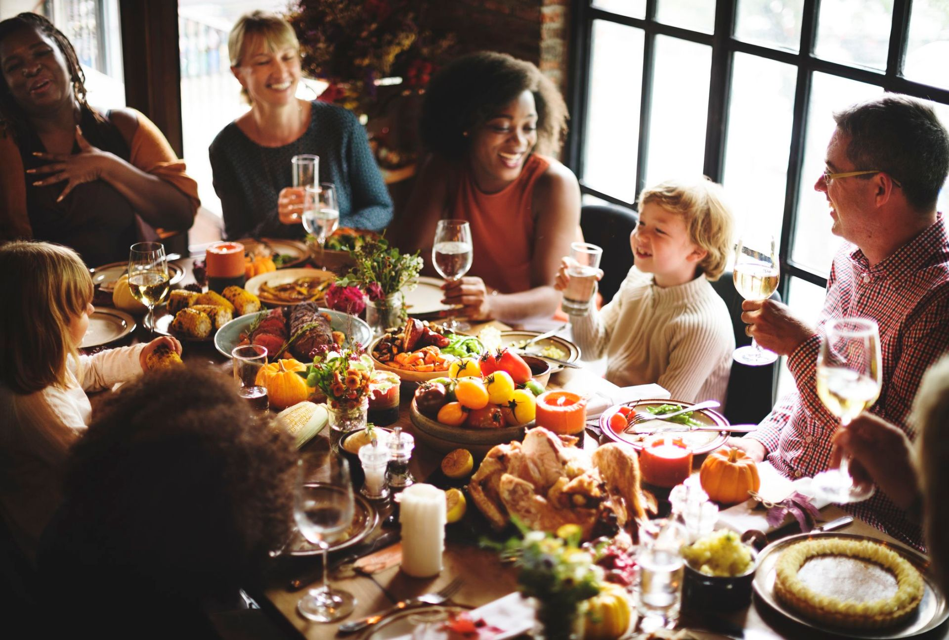 The Best Time to Eat Thanksgiving Dinner, According to Twitter | Mental  Floss