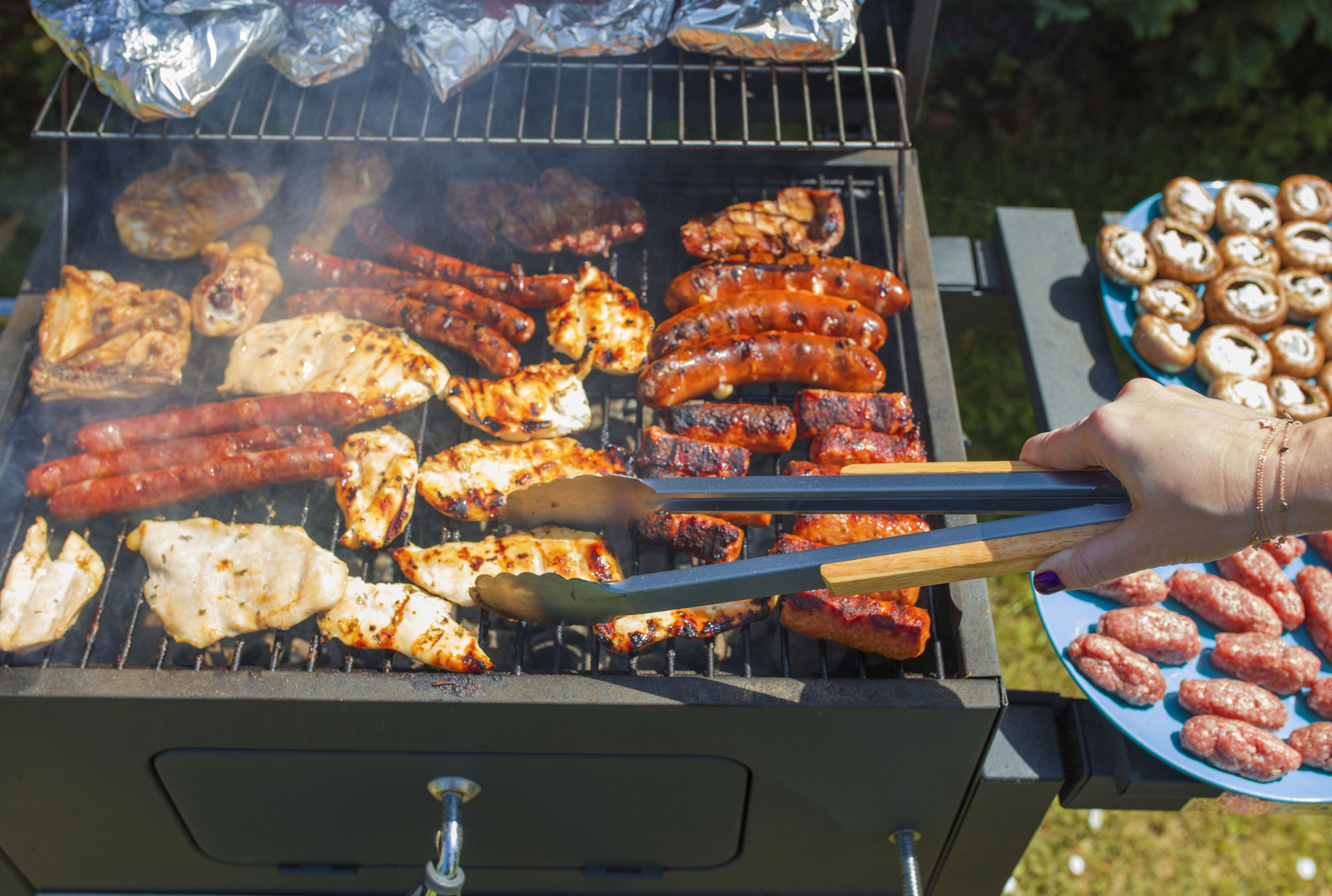 12 bbq tricks and