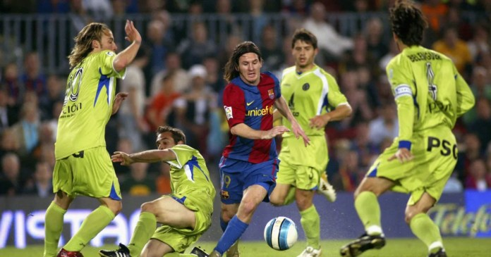 Lionel Messi at 700 goals