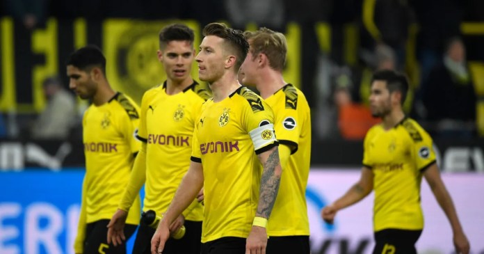 Twitter Reacts as Dortmund Go 3-0 Down (and Fight Back) Against Bundesliga's Bottom Side 1