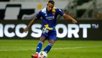 Sebastián Villa playing for Boca Juniors