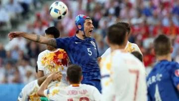 The Spanish team facing Croatia in Euro 2016