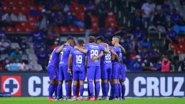 Cruz Azul players prior to a match.