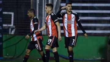 Gimnasia Esgrima La Plata v River Plate - Professional League Tournament 2021 - Suárez celebrates his goal.