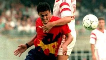 Luis Enrique Martinez L of Spain runs into Marci 705e7e0043a55f0c8e9179c2761cab83