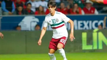 The young Mexican striker will leave Mexican football for Spain
