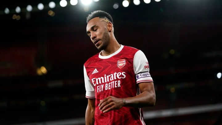 Aubameyang thought about leaving Arsenal before signing new contract