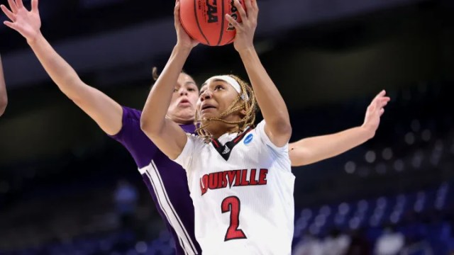 Oregon vs Louisville spread, line, odds and predictions for NCAA Tournament.
