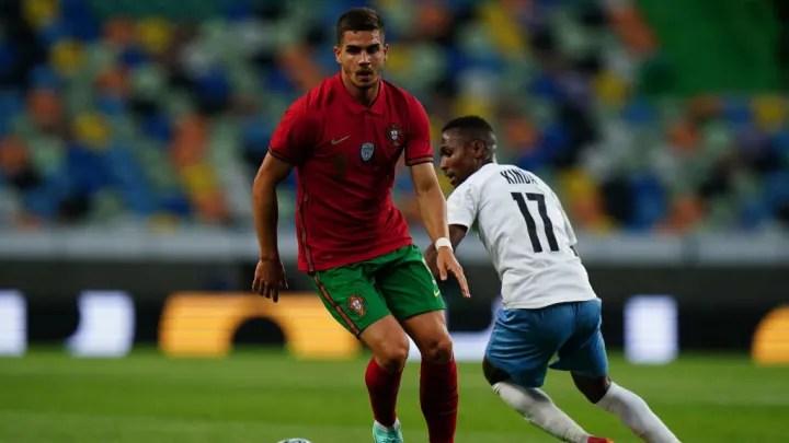 Andre Silva, Gadi Kinda