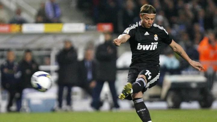 Real Madrids midfielder Jose Maria Guti 2f8aec05609168621badde6e3455fbda