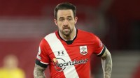 Danny Ings stalls on Southampton contract as Tottenham weigh up move