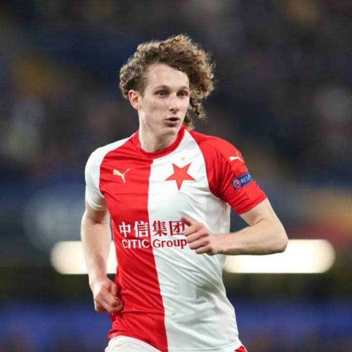 Kral luajti për Slavia Prague për vetëm tetë muaj