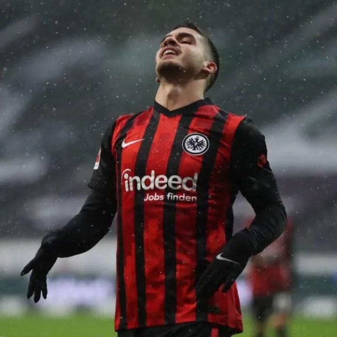 Silva ishte në shtëpi me një dëmtim në shpinë