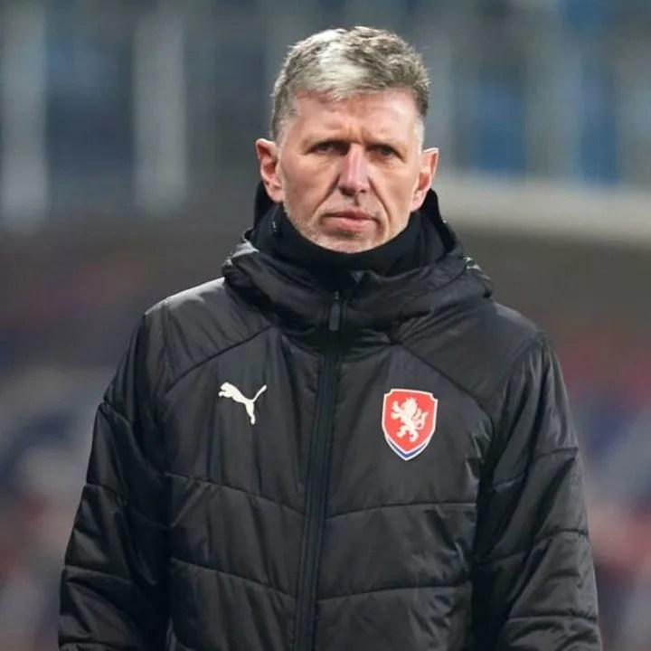 Jaroslav Silhavy looks eager to ease Hlozek into international football