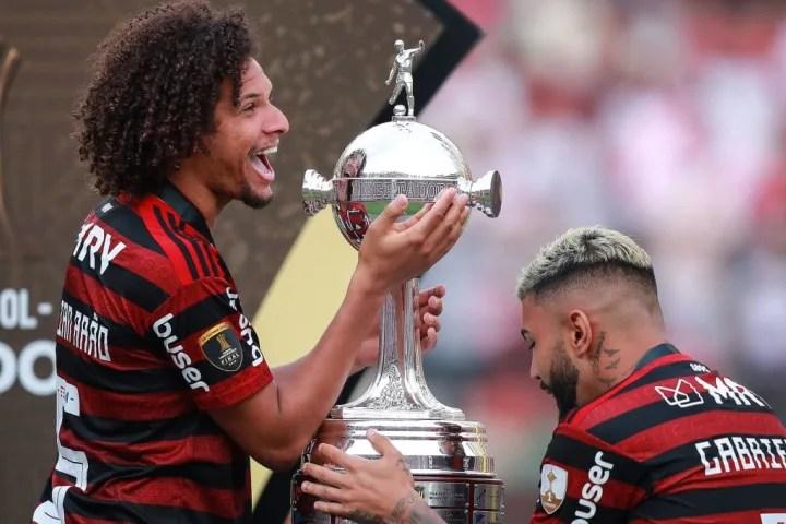 William Arao, Gabriel Barbosa