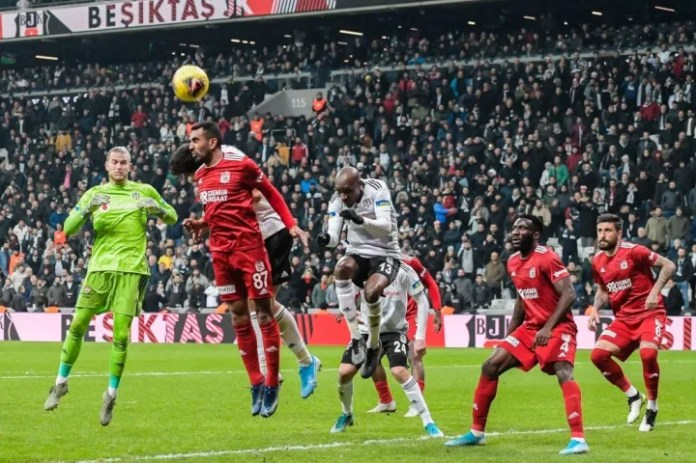 "Turkish Spor Toto Super Lig""Besiktas AS v Demir Grup Sivasspor"""