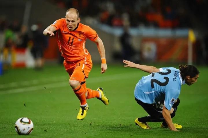 Arjen Robben, Martin Caceres