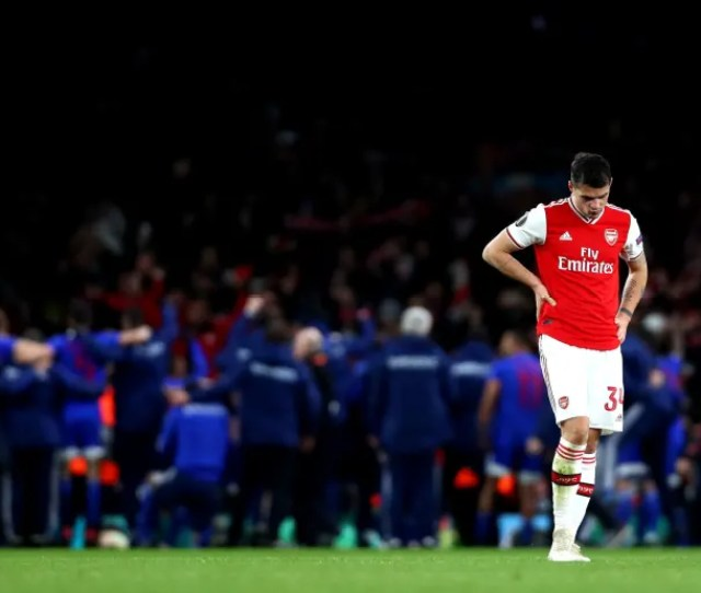 Twitter Erupts After Crazy End To Arsenal V Olympiacos Europa