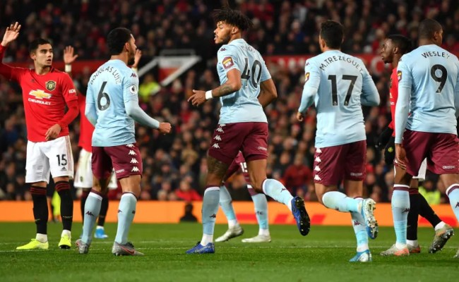 Manchester United 2 2 Aston Villa Report Ratings And