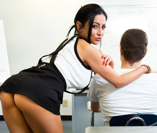 Play Porn Movie Watch Audrey Bitoni And Xander Corvus Vr Video In My First Sex Teacher