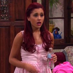 Sam And Cat Sofa Bed Trick How To Get Rid Of Ariana Jennette 39s 26 Funniest Moments