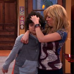 Sam And Cat Sofa Bed Trick Beachy Sleepers Ariana Jennette 39s 26 Funniest Moments