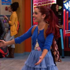 Sam And Cat Sofa Bed Trick Living Room Idea With Grey Ariana Jennette 39s 26 Funniest Moments