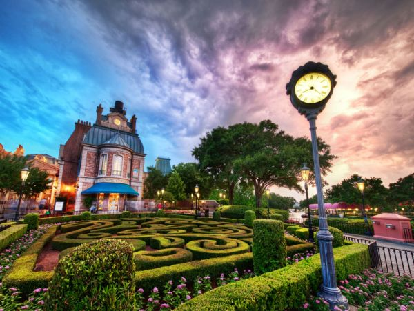 Disney World Epcot France