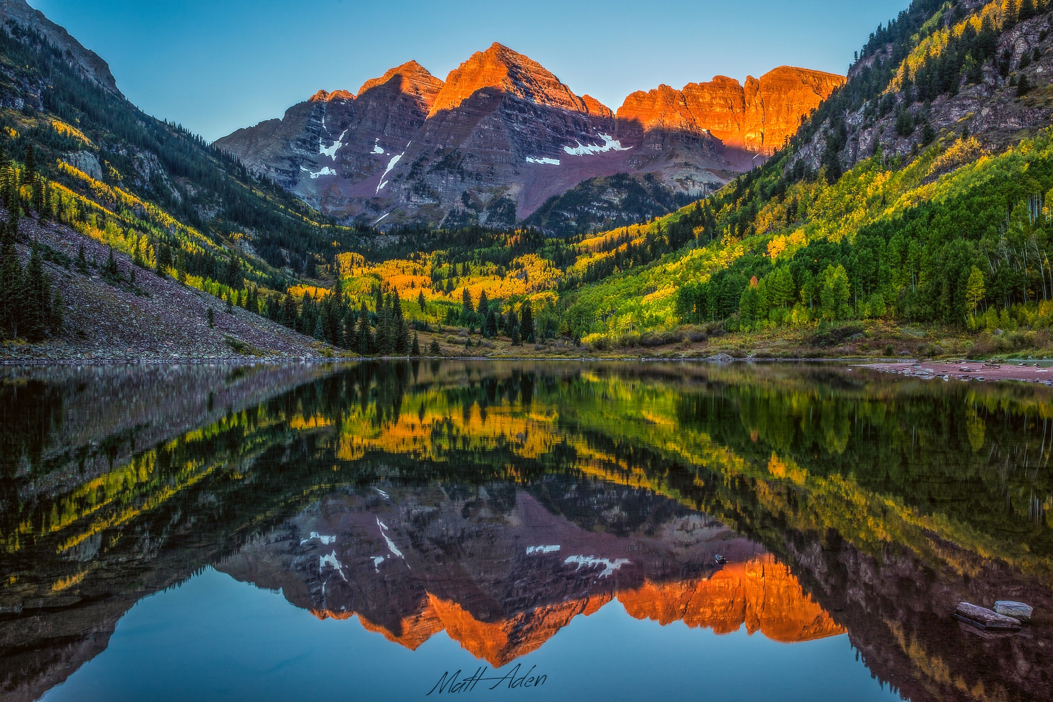 Fall Wallpaper For Large Monitors Maroon Bells Hd Wallpaper Background Image 2048x1365