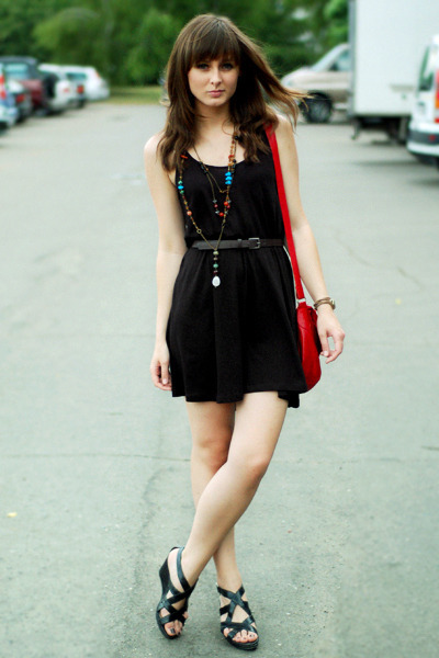 black H&M dress - red vintage bag - black Promod sandals