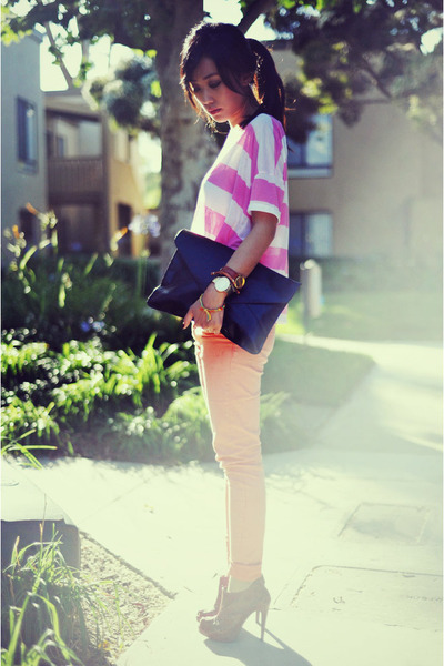 Forever 21 boots - envelop clutch VJ Style bag - bubble gum striped crop H&M top