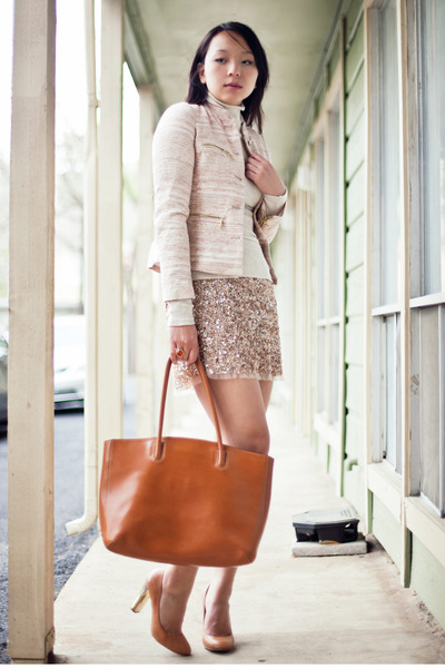 Gold-sequined-zara-skirt-cream-tweed-zara-jacket_400