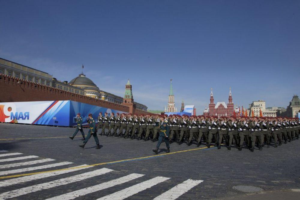 Русские военные, AP Photo