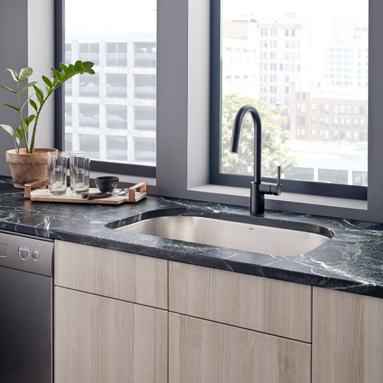 moen 7565bls align one handle pulldown kitchen faucet black stainless