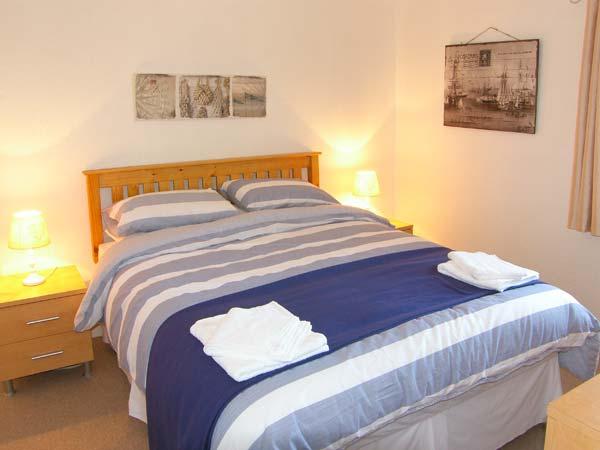 bedroom beach house llanelli