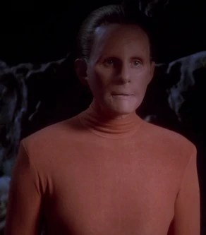 Star Trek Why Do The Other Changelings Look Like Dr Mora