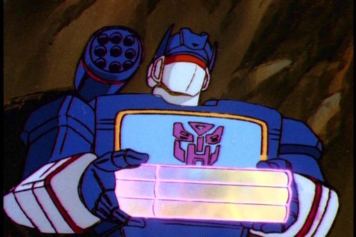 File:Autobot Soundwave.jpg