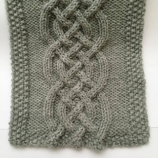 Ravelry Celtic Knot Cable Scarf pattern by Kristen Mangus