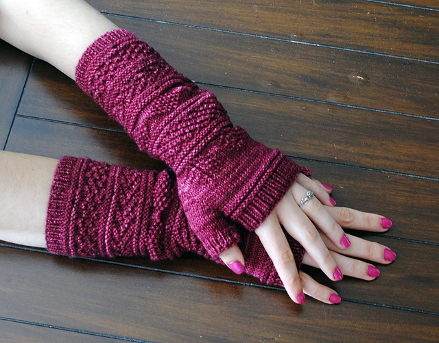 Get ready for fall. Knitted Fingerless Gloves Free Patterns. Curated collection of free patterns for knitted fingerless gloves from many designers.